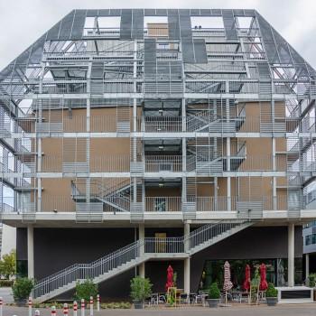 Stahlfassade für WU-Wohnheim Wien
